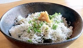 日本高知吻仔魚丼
