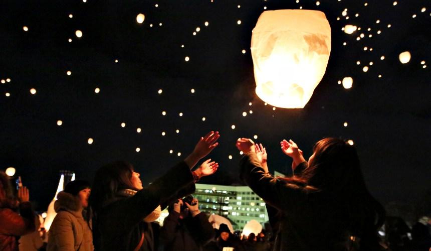 新潟津南雪祭天燈