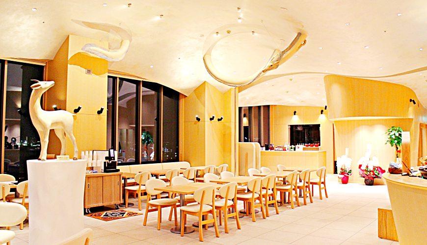 金澤推薦住宿旅館飯店 HOTEL WING INTERNATIONAL Premium金沢駅前白江龍三、土屋仁応設計天空藝廊