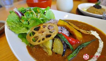 日本越光米的故鄉北陸「福井」的味噌店「米五 みそ楽」咖啡廳的味噌咖哩定食