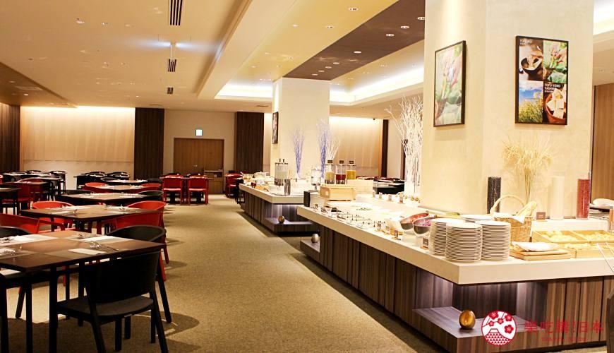 日本新潟「樂天新井度假村」(ロッテアライリゾート)的西式自助餐「The Plate」一景
